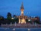 10.05.2005 Doulton Fountain 2 171.jpg